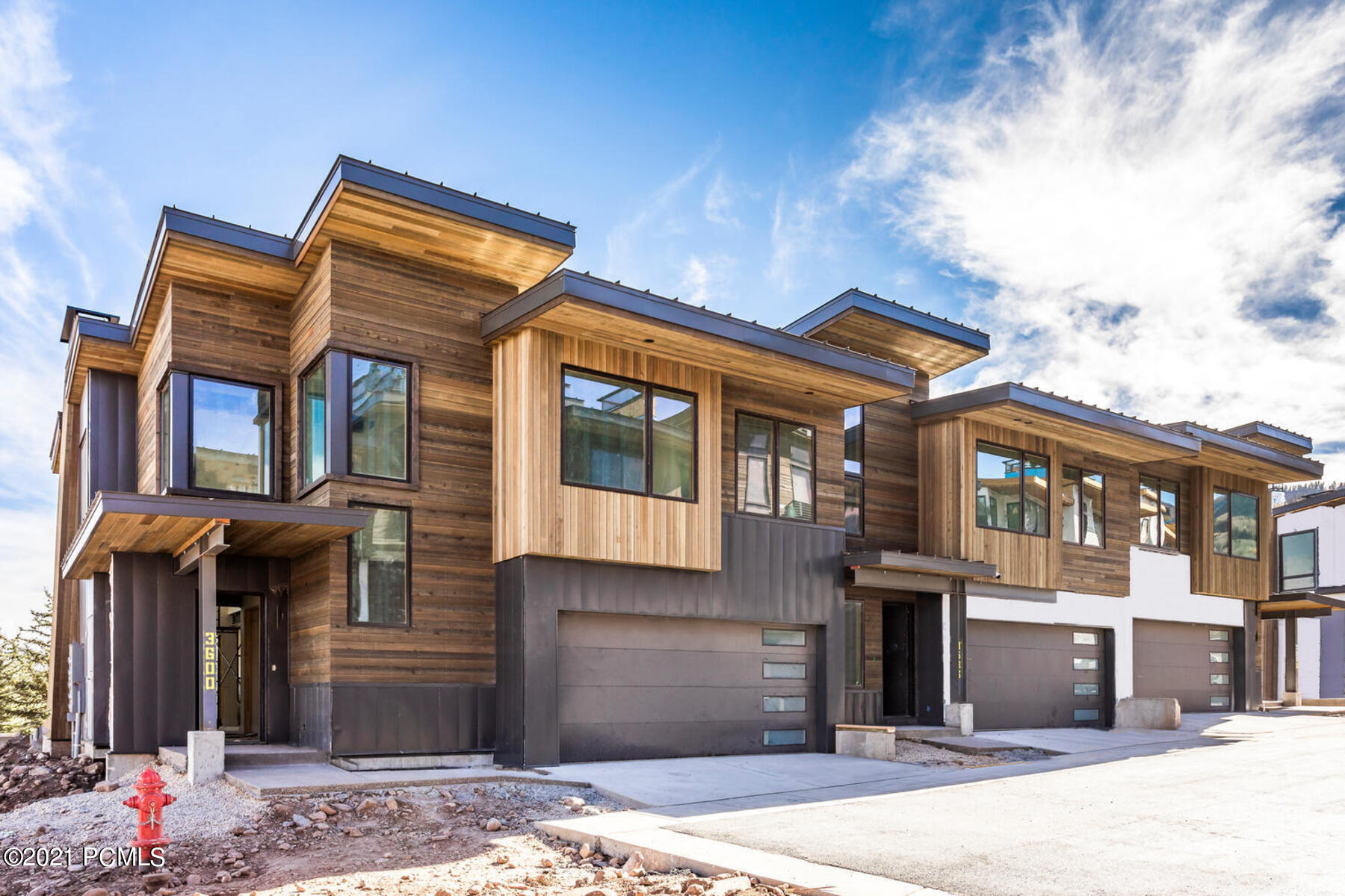 3472 Ridgeline Drive, Park City, Utah 84098, 5 Bedrooms Bedrooms, ,6 BathroomsBathrooms,Condominium,For Sale,Ridgeline,12100594