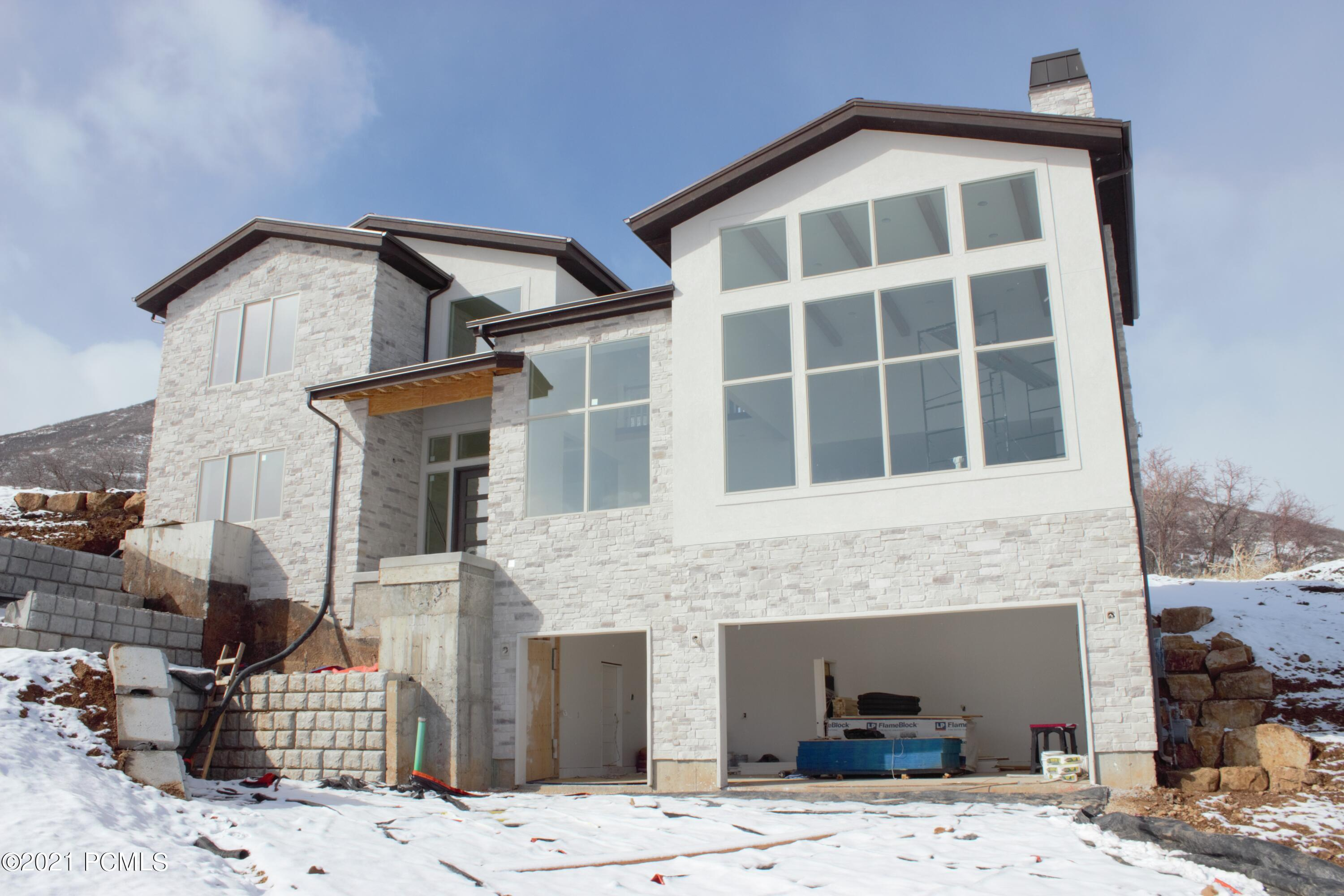 1104 Olympic Circle, Midway, Utah 84049, 5 Bedrooms Bedrooms, ,5 BathroomsBathrooms,Single Family,For Sale,Olympic,12100647
