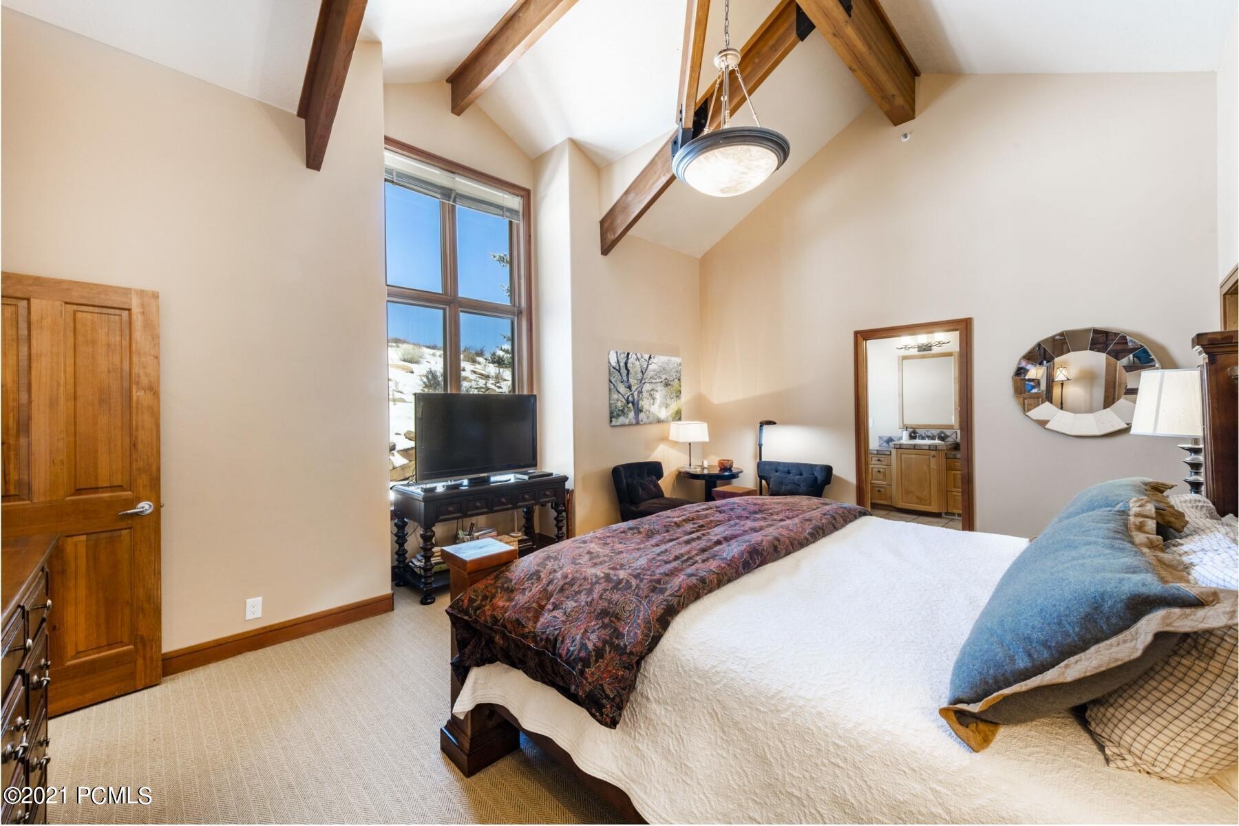 2756 Gallivan Loop, Park City, Utah 84060, 3 Bedrooms Bedrooms, ,4 BathroomsBathrooms,Condominium,For Sale,Gallivan,12100728