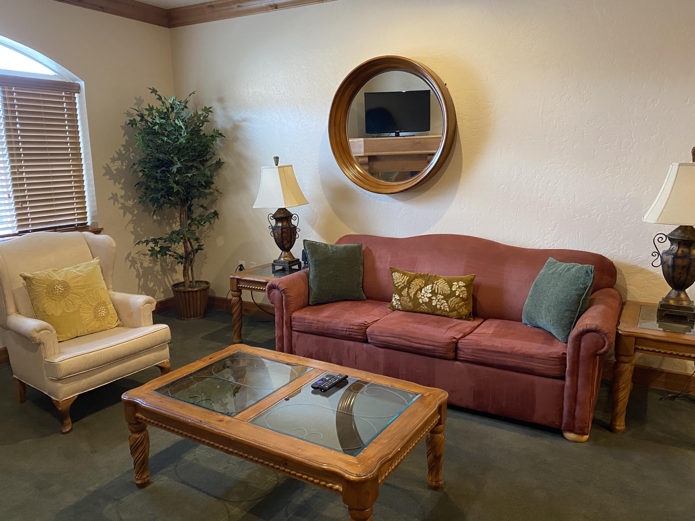 840 Bigler, Midway, Utah 84049, 2 Bedrooms Bedrooms, ,2 BathroomsBathrooms,Condominium,For Sale,Bigler,12101348