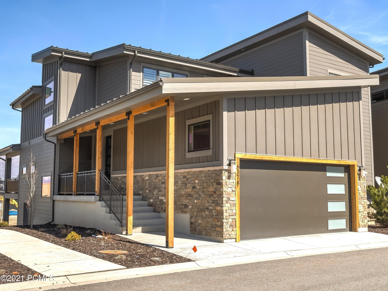 6378 Malory Way, Huntsville, Utah 84317, 3 Bedrooms Bedrooms, ,4 BathroomsBathrooms,Single Family,For Sale,Malory,12101358