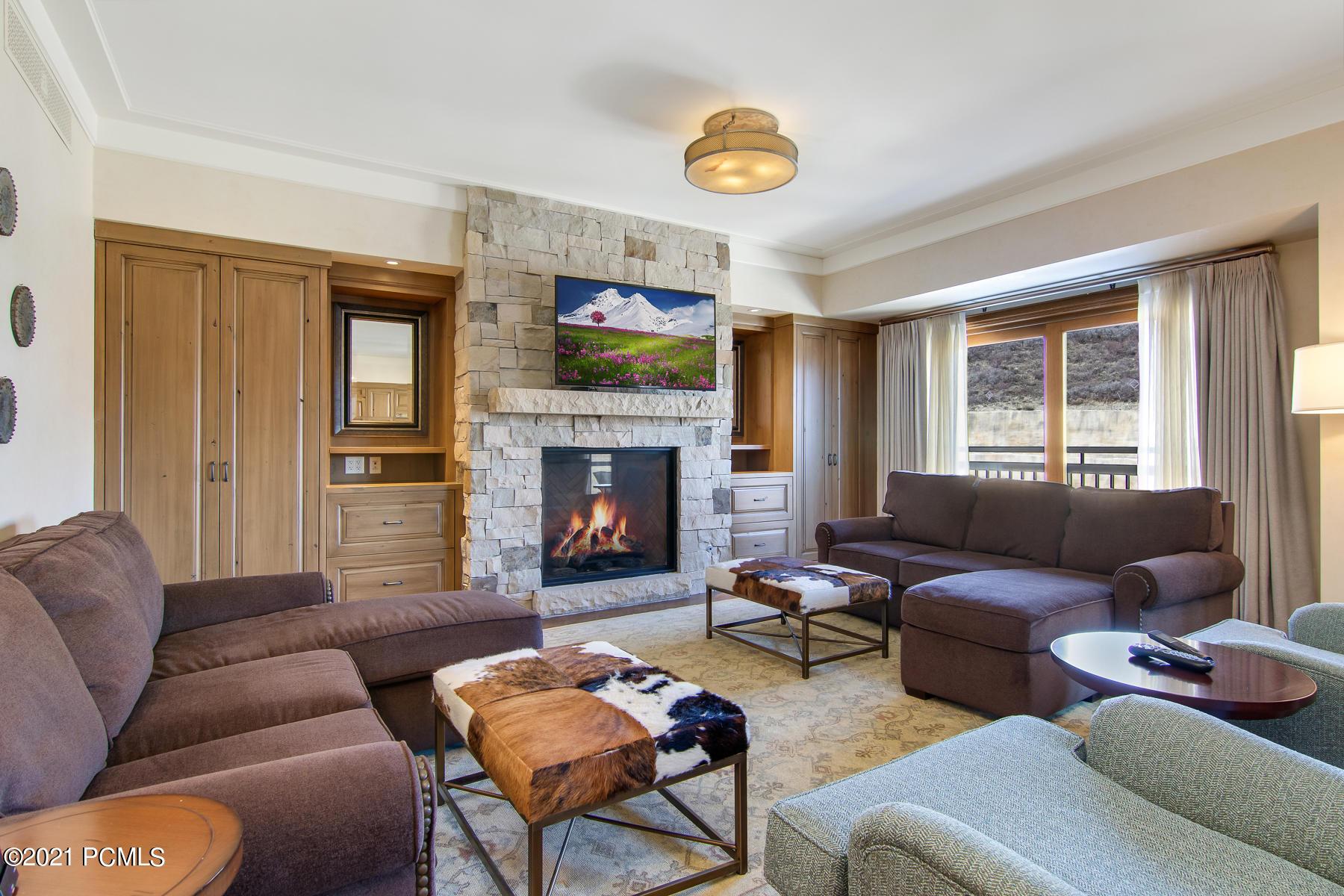 2300 Deer Valley Drive, Park City, Utah 84060, 2 Bedrooms Bedrooms, ,4 BathroomsBathrooms,Condominium,For Sale,Deer Valley,12101422