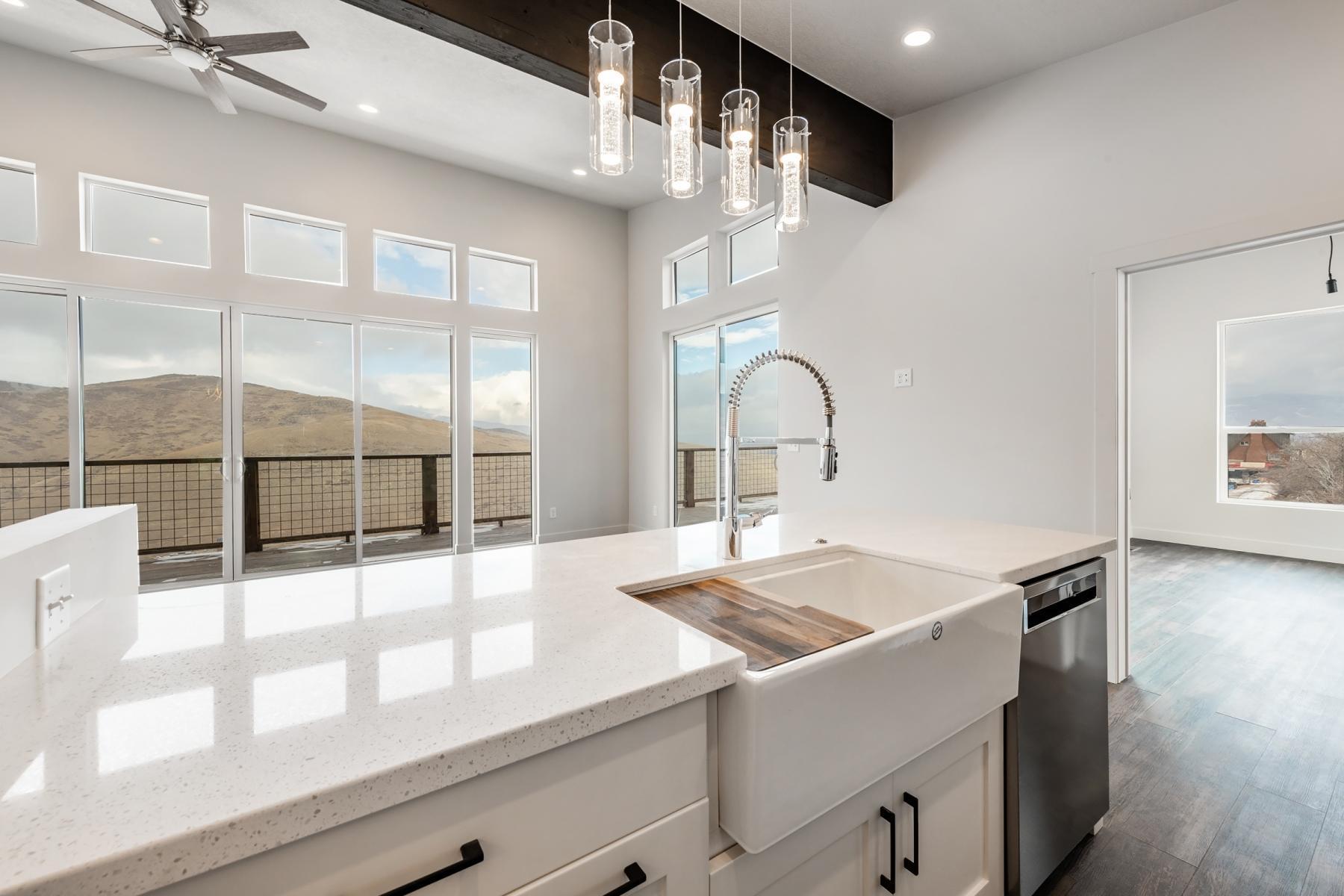 182 Valley View, Wanship, Utah 84017, 3 Bedrooms Bedrooms, ,3 BathroomsBathrooms,Single Family,For Sale,Valley,12101375