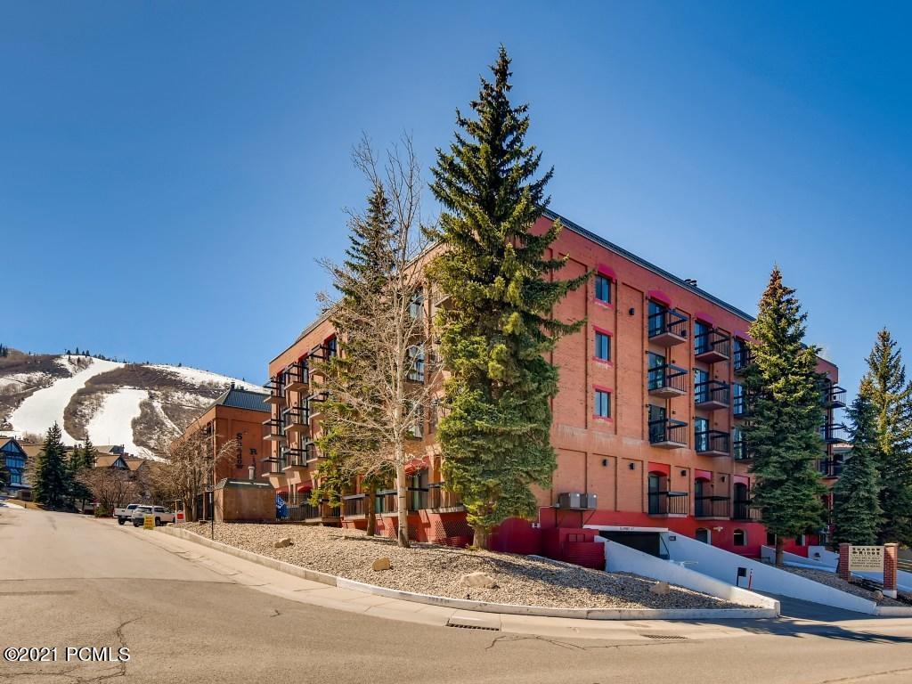 50 Shadow Ridge Road, Park City, Utah 84060, 2 Bedrooms Bedrooms, ,3 BathroomsBathrooms,Condominium,For Sale,Shadow Ridge,12101376