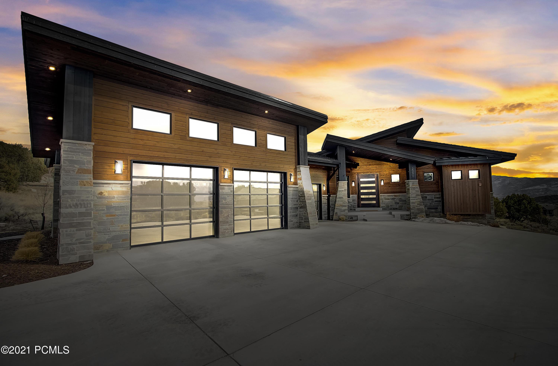 2090 Flat Top Mountain Drive, Heber City, Utah 84032, 4 Bedrooms Bedrooms, ,4 BathroomsBathrooms,Single Family,For Sale,Flat Top Mountain,12101473
