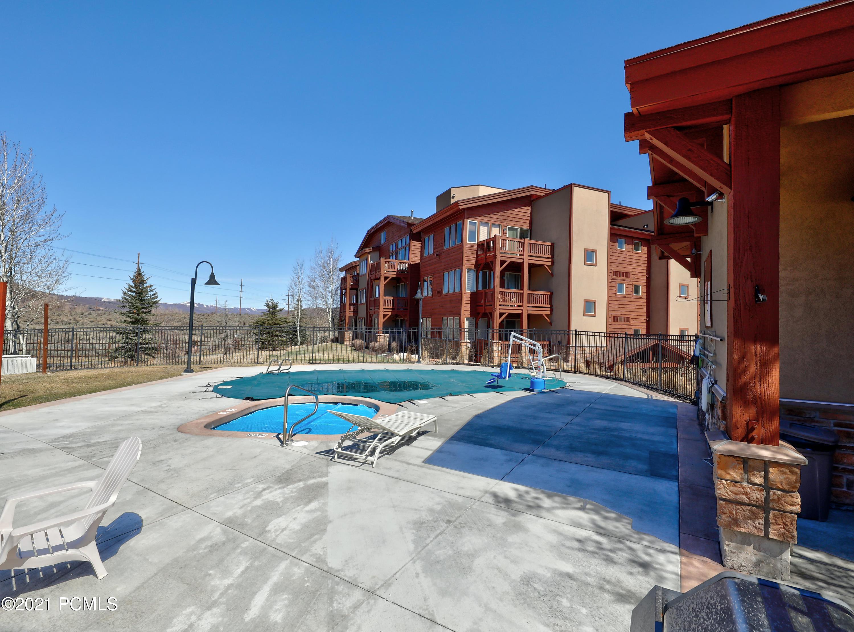 6677 2200, Park City, Utah 84098, 2 Bedrooms Bedrooms, ,3 BathroomsBathrooms,Condominium,For Sale,2200,12101418