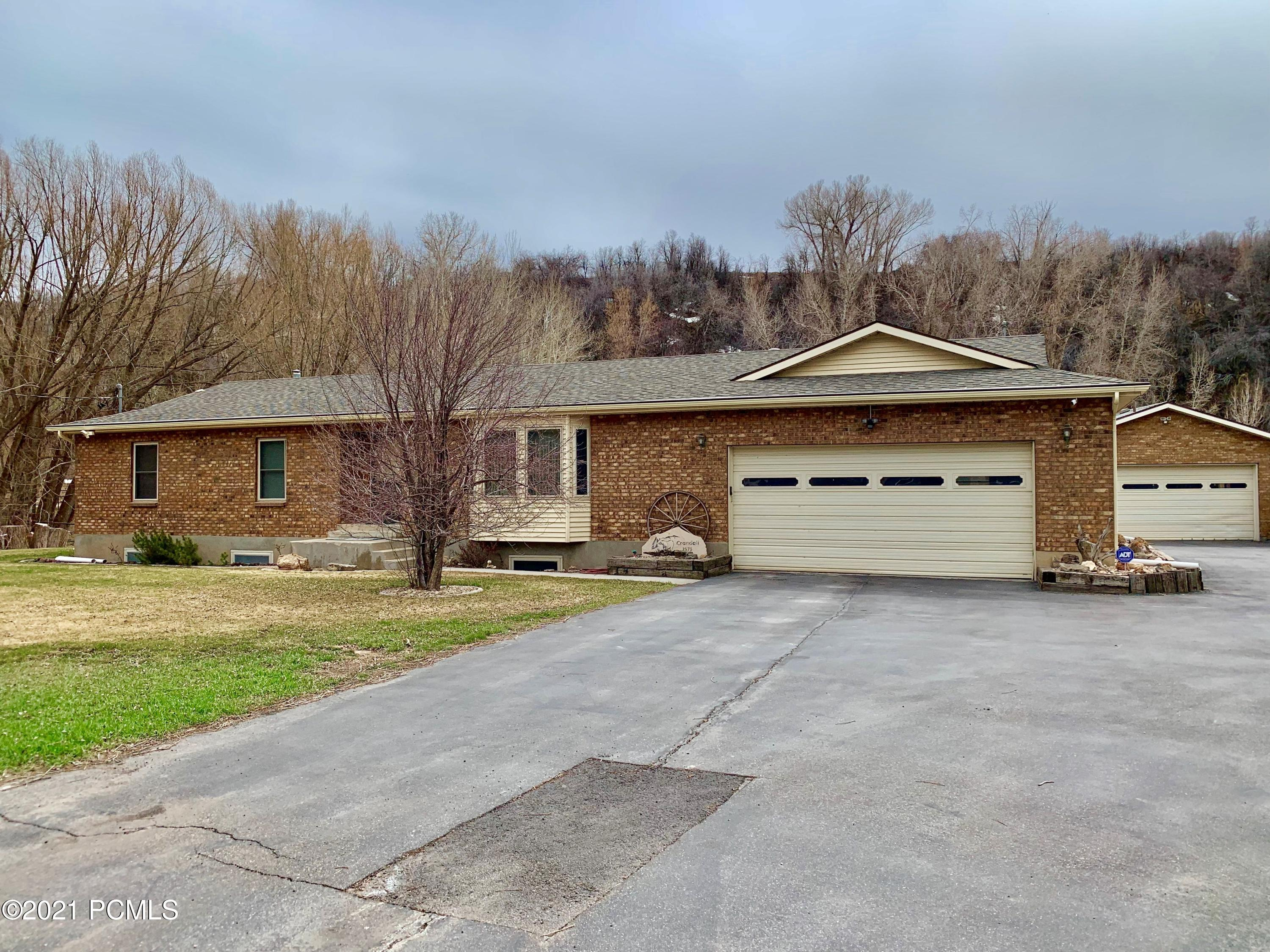 2575 State Rd 32, Peoa, Utah 84061, 4 Bedrooms Bedrooms, ,4 BathroomsBathrooms,Single Family,For Sale,State Rd 32,12101449