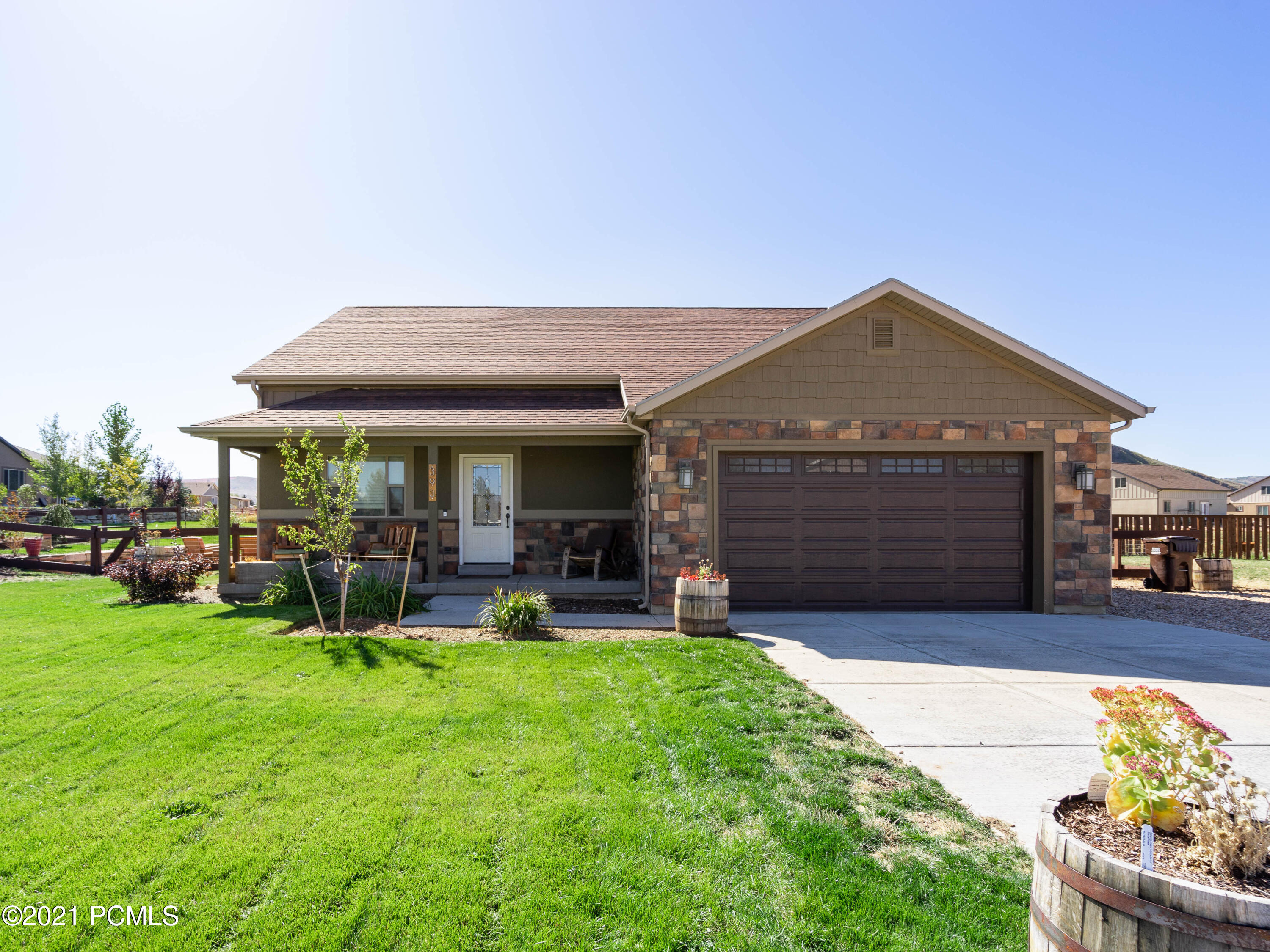 393 Scenic Heights Road, Francis, Utah 84036, 3 Bedrooms Bedrooms, ,2 BathroomsBathrooms,Single Family,For Sale,Scenic Heights,12101468