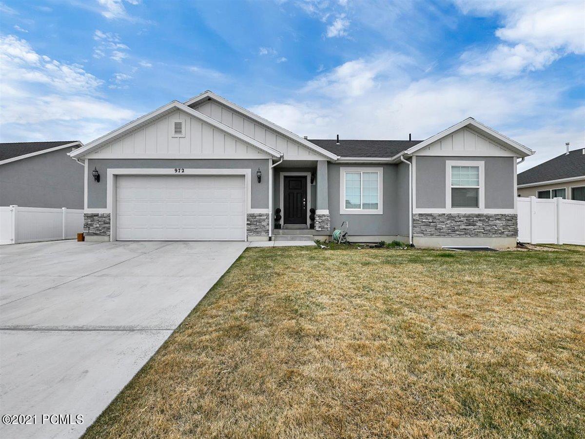 972 960 East, Heber City, Utah 84032, 3 Bedrooms Bedrooms, ,2 BathroomsBathrooms,Single Family,For Sale,960,12101454