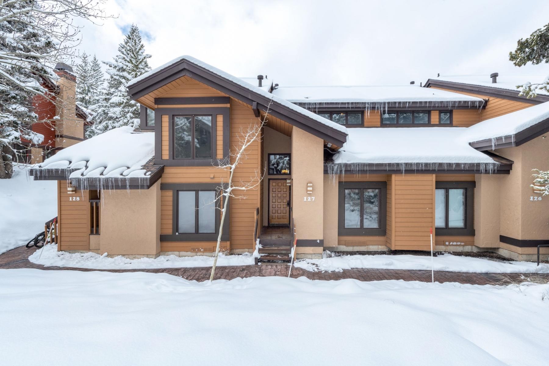 7986 Ridgepoint Drive, Park City, Utah 84060, 3 Bedrooms Bedrooms, ,2 BathroomsBathrooms,Condominium,For Sale,Ridgepoint,12101477