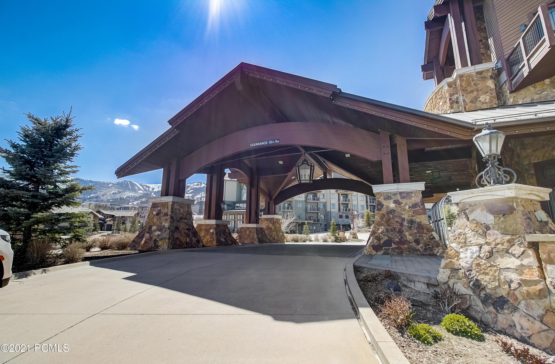2100 Frostwood Boulevard, Park City, Utah 84098, 1 Bedroom Bedrooms, ,2 BathroomsBathrooms,Condominium,For Sale,Frostwood,12101600