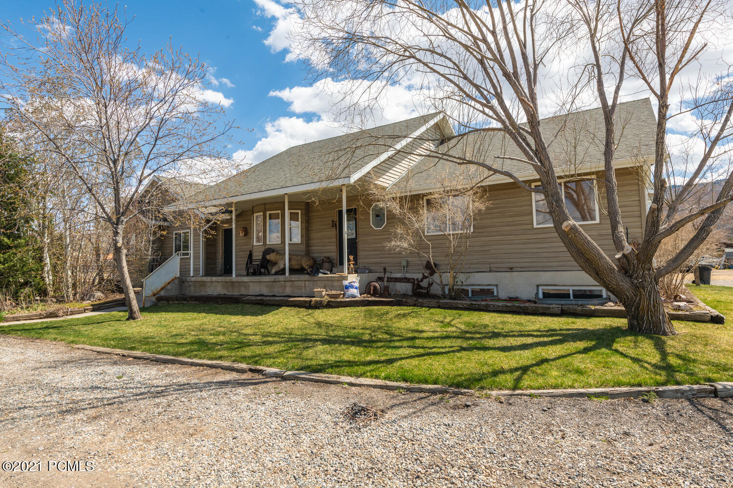 3200 Hwy 40, Heber City, Utah 84032, 6 Bedrooms Bedrooms, ,3 BathroomsBathrooms,Single Family,For Sale,Hwy 40,12101636