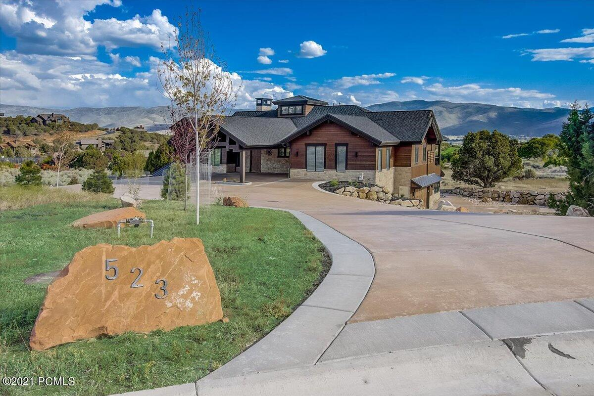 523 Red Mountain Court, Heber City, Utah 84032, 4 Bedrooms Bedrooms, ,6 BathroomsBathrooms,Single Family,For Sale,Red Mountain,12102622