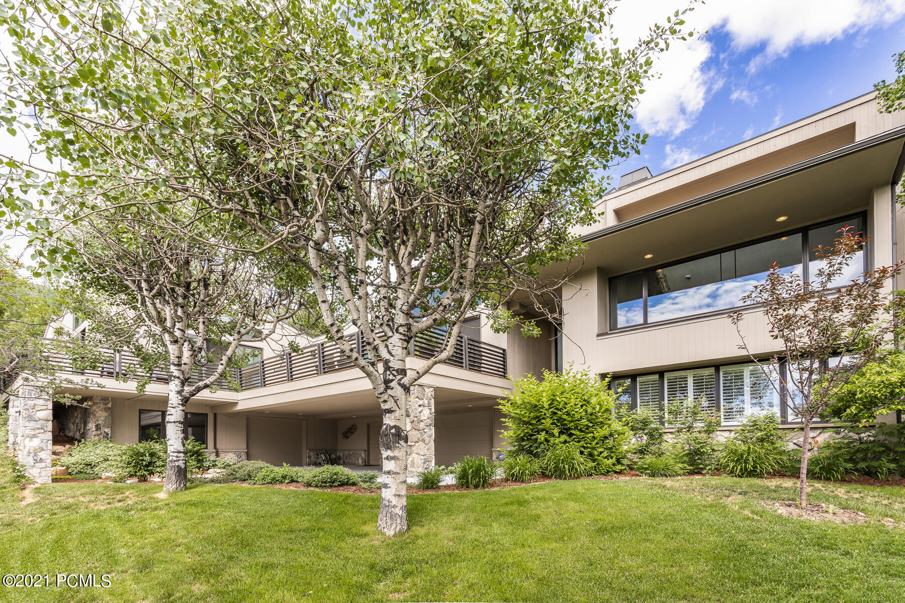 2425 Iron Canyon Drive, Park City, Utah 84060, 5 Bedrooms Bedrooms, ,6 BathroomsBathrooms,Single Family,For Sale,Iron Canyon,12101420