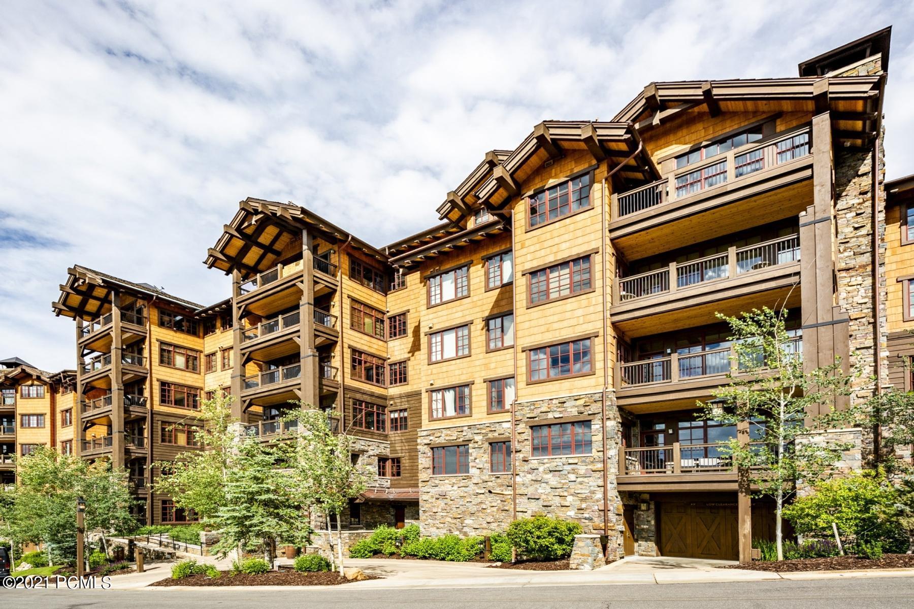 8894 Empire Club Drive, Park City, Utah 84060, 3 Bedrooms Bedrooms, ,4 BathroomsBathrooms,Condominium,For Sale,Empire Club,12103000