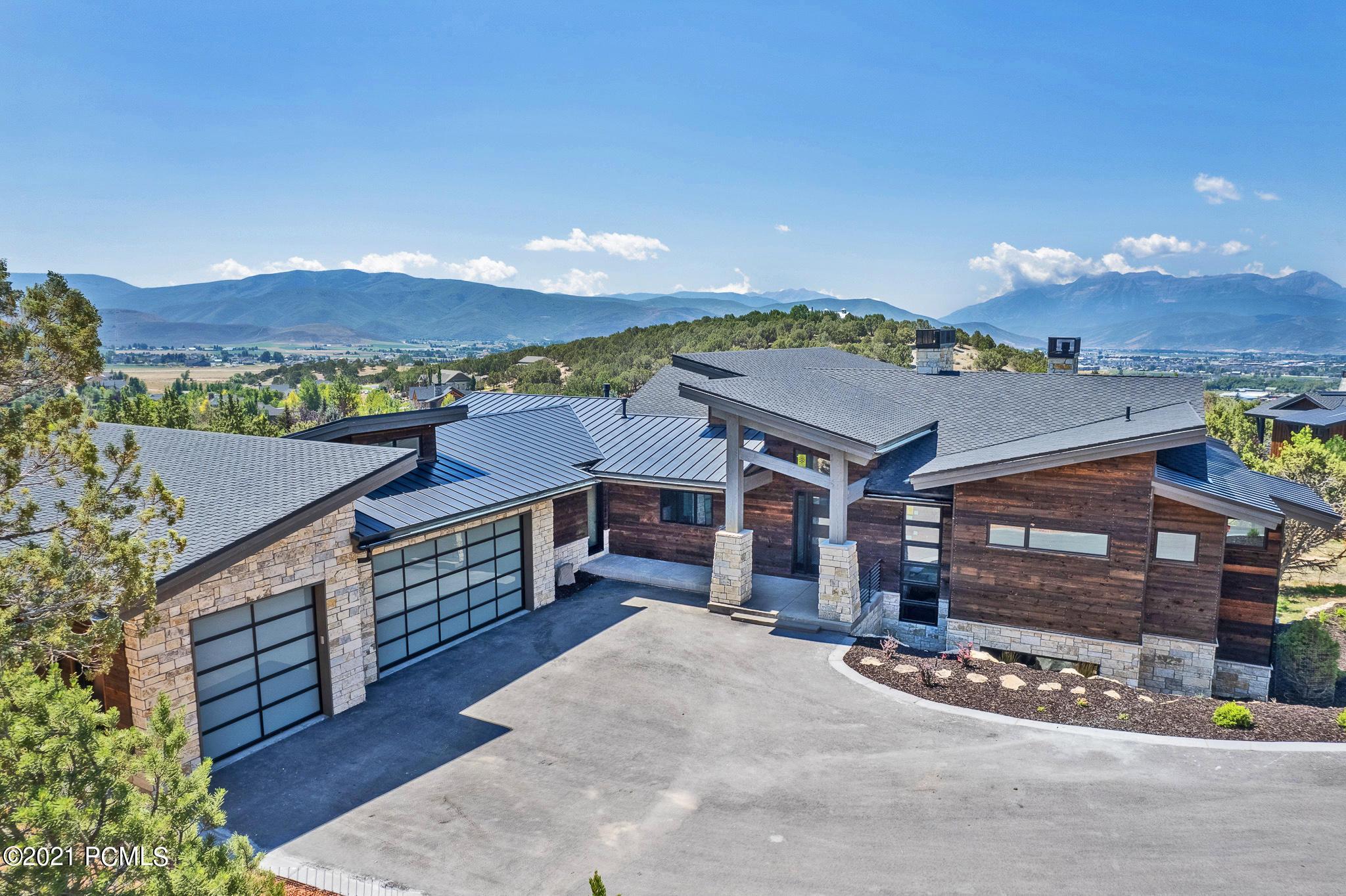 234 Ibapah Peak Drive, Heber City, Utah 84032, 5 Bedrooms Bedrooms, ,6 BathroomsBathrooms,Single Family,For Sale,Ibapah Peak,12103292