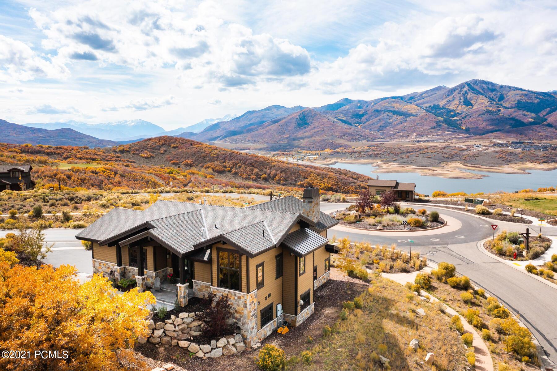 10725 Hideout Trail, Heber City, Utah 84032, 4 Bedrooms Bedrooms, ,4 BathroomsBathrooms,Single Family,For Sale,Hideout,12104144