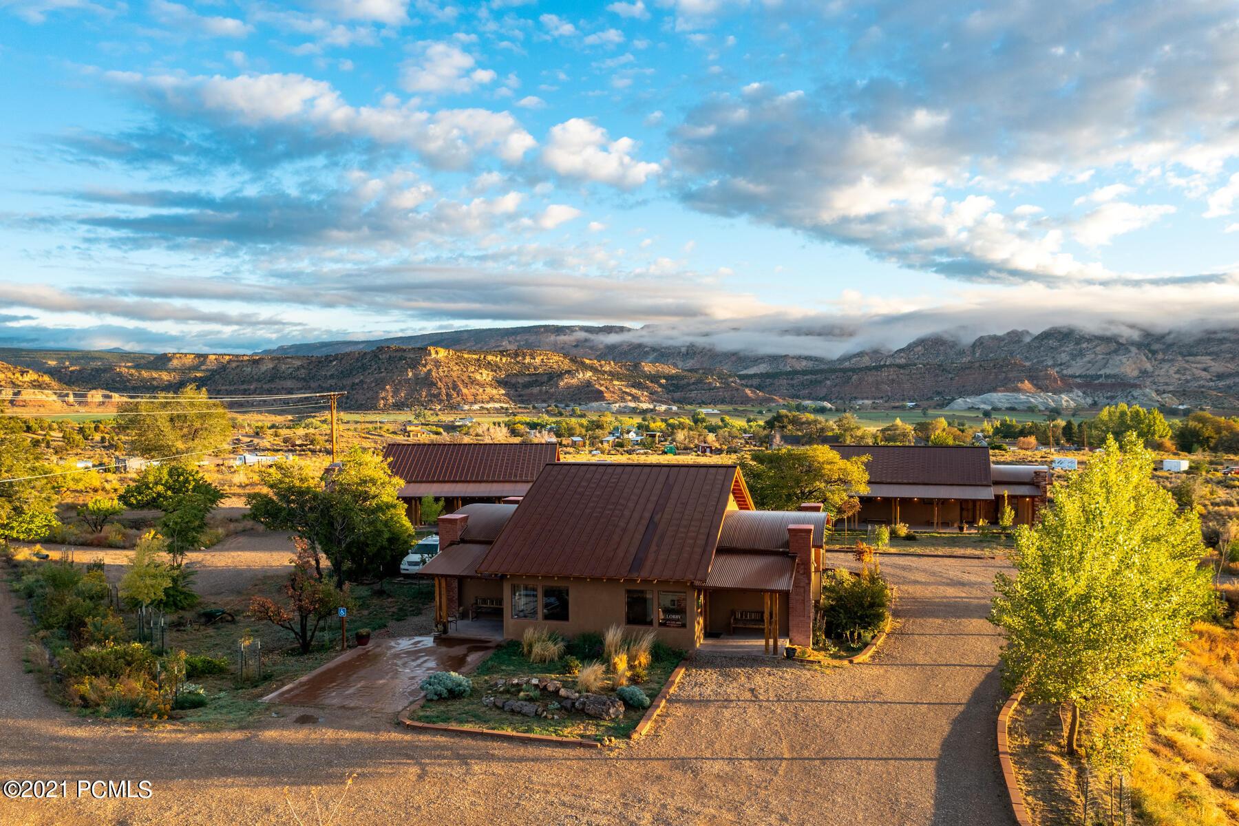 480 Main Street, Hwy 12, Escalante, Utah 84726, ,Commercial,For Sale,Main Street, Hwy 12,12104158