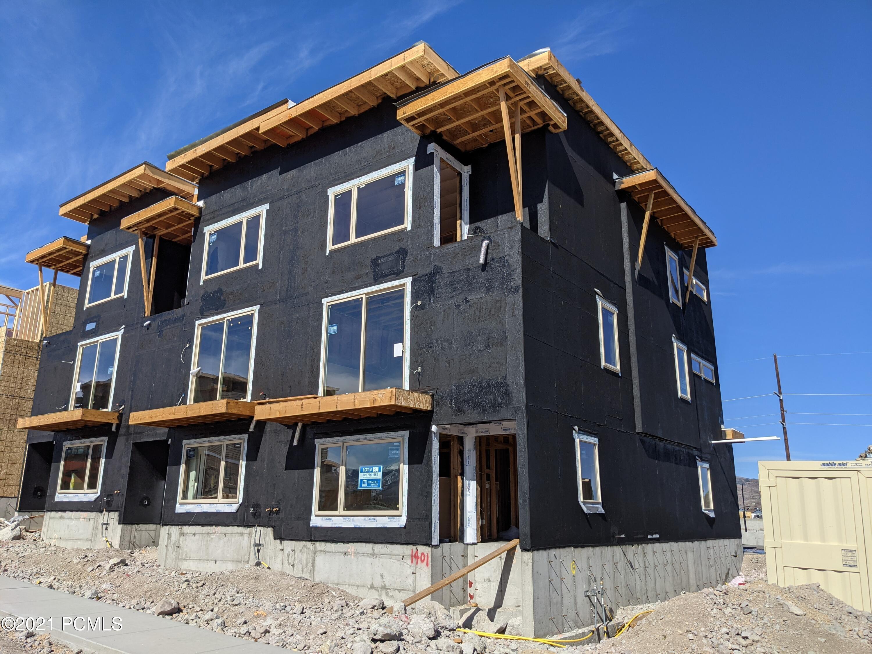 1401 Gambel Oak Way, Park City, Utah 84098, 3 Bedrooms Bedrooms, ,4 BathroomsBathrooms,Condominium,For Sale,Gambel Oak Way,12103801