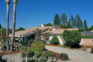 9746 Belmar Avenue, Northridge, CA 91324