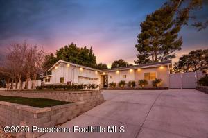 10773 Wheatland Avenue, Sunland, CA 91040