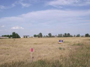 202 & 204 E Spring Creek Drive, Pierre, SD 57501