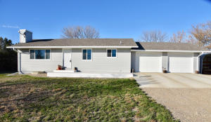 3540 Windsor Place, Pierre, SD 57501