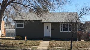 118 S Polk Avenue, Pierre, SD 57501