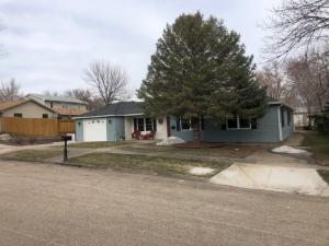 214 N Jefferson Ave., Pierre, SD 57501