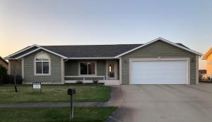 2210 Stratford Place, Pierre, SD 57501