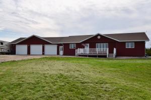 29528 Stone Place, Pierre, SD 57501