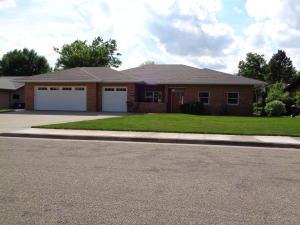1109 Lakewood Drive, Pierre, SD 57501
