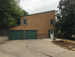 616 N Willow Avenue, Pierre, SD 57501