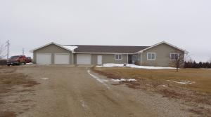 29544 Stone Place, Pierre, SD 57501