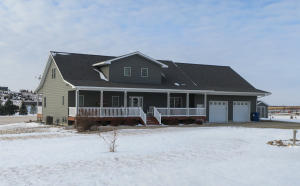 20493 Homestead Place, Pierre, SD 57501