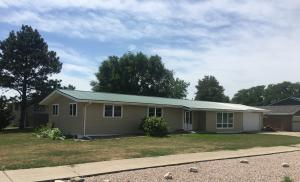 2705 E Sully Avenue, Pierre, SD 57501