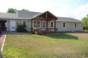309 Maple Avenue, Presho, SD 57568
