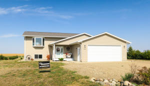 28862 Clover Road, Pierre, SD 57501