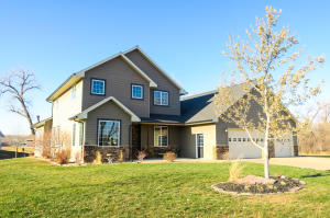 2309 Whispering Shores Drive, Ft. Pierre, SD 57532