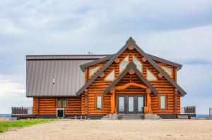 2019 Fairbanks Place, Pierre, SD 57501