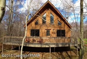 16 Lyman Lane, Gouldsboro, PA 18424