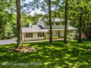 235  Winding Way, Saylorsburg