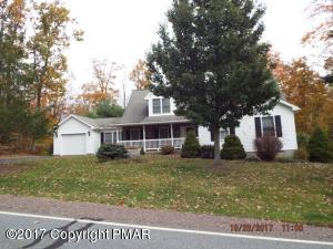 307 Golden Oaks Dr, White Haven, PA 18661