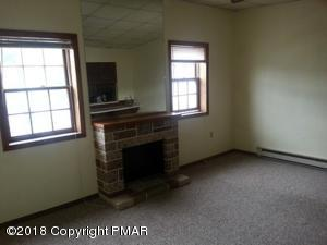 110 W Ridge St, Lansford, PA 18232