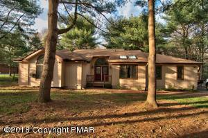258  Sir Bradford Rd, Pocono Lake