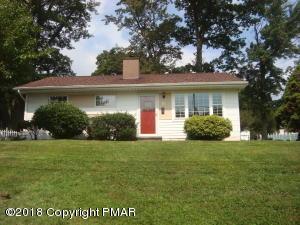 58 Kinney Ave, Mount Pocono, PA 18344