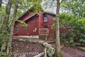 151 Fern Dr, Canadensis, PA 18325