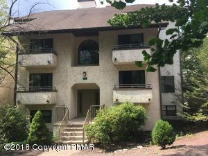 Unit 101 Building 7 Midlake Dr, Lake Harmony, PA 18624