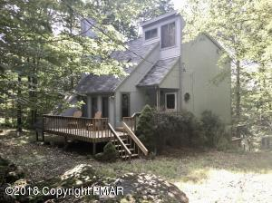 114 Lenape Dr, Pocono Lake, PA 18347