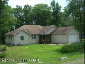 207 Brandyshire Dr, Tamiment, PA 18371